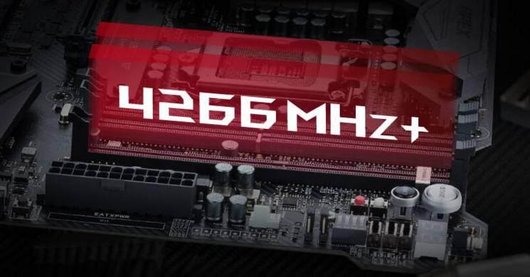 看到ROG M9A的第一眼,相信大家应该都会被它电竞美学所吸引。这款主板采用了小A专门为极限超频而精心优化的X型PCB面板设计,并且拥有两根DIMM内存插槽以及一根DIMM.2扩展插槽,可让两个M.2硬盘垂直安装在一个特别的内存接口之上,此项创新除了能让M.2 固态硬盘释放性能极限外,更能让SSD直接使用专业的内存条散热马甲,让SSD性能快马加鞭。