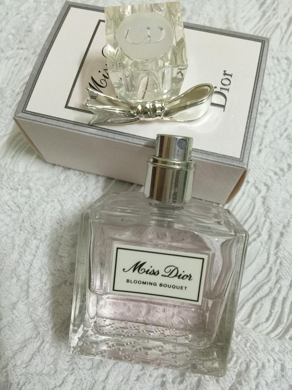 迪奥 小姐花漾淡香水